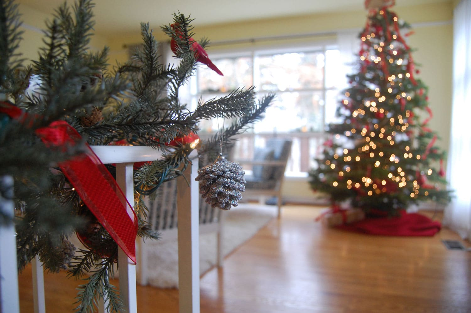 christmas decorating for interiors