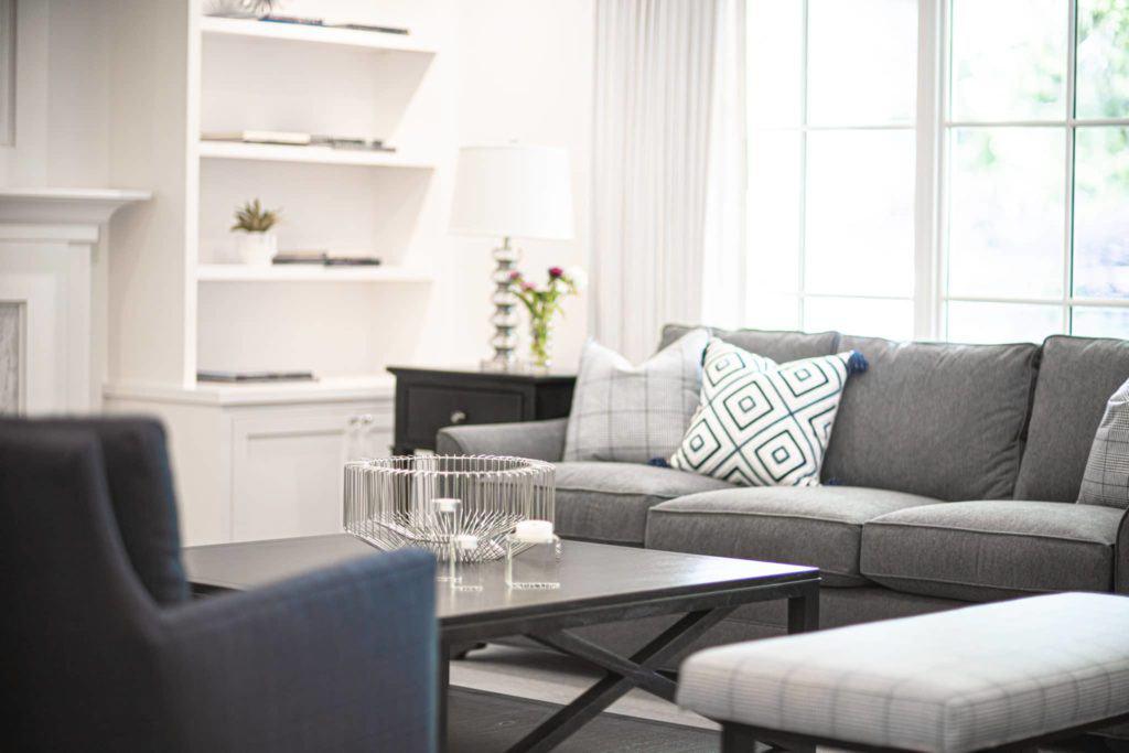 Contemporary Living Room Design With Grey Sofa